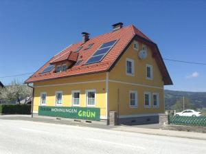 Ferienwohnungen Grün, Апартаменты  Preitenegg - big - 14