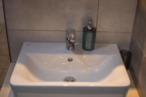 Grameno Apartments, Apartmány  Kountoura Selino - big - 13