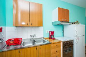 Apartments Pende 2878, Apartmány  Banjol - big - 26