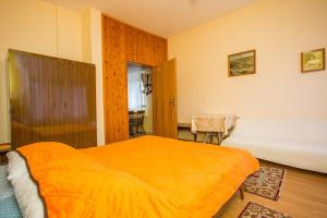 Apartments Pende 2878, Apartmány  Banjol - big - 13