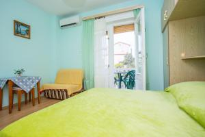Apartments Pende 2878, Apartmány  Banjol - big - 10