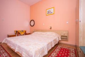 Apartments Pende 2878, Apartmány  Banjol - big - 5