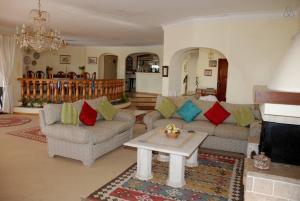 Villa Boutique Rentals - Algarve, Villen  Almancil - big - 25