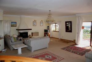 Villa Boutique Rentals - Algarve, Villen  Almancil - big - 27