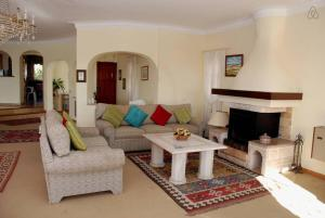 Villa Boutique Rentals - Algarve, Villen  Almancil - big - 28