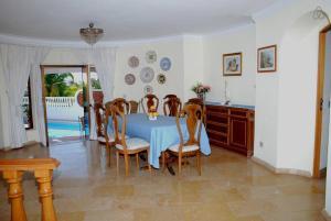 Villa Boutique Rentals - Algarve, Villen  Almancil - big - 31