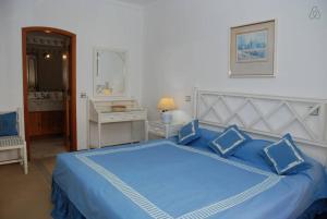 Villa Boutique Rentals - Algarve, Villen  Almancil - big - 35