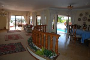 Villa Boutique Rentals - Algarve, Villen  Almancil - big - 44