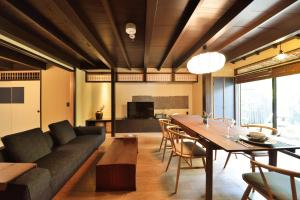 Luxury Inn Takeya Bekkan