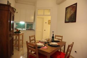 特拉斯提弗列公寓 (Trastevere Apartment)