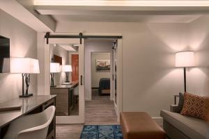 Fredericksburg Inn and Suites, Hotely  Fredericksburg - big - 16