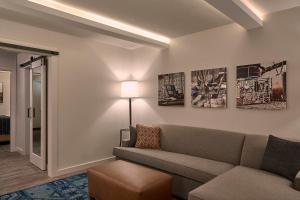 Fredericksburg Inn and Suites, Hotely  Fredericksburg - big - 17