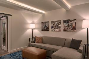 Fredericksburg Inn and Suites, Hotely  Fredericksburg - big - 14