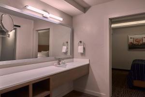 Fredericksburg Inn and Suites, Hotely  Fredericksburg - big - 13