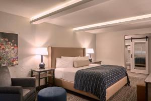 Fredericksburg Inn and Suites, Hotely  Fredericksburg - big - 10