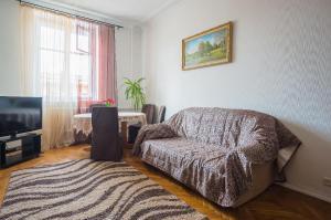 Апартаменты Гостиминск на Независимости 23