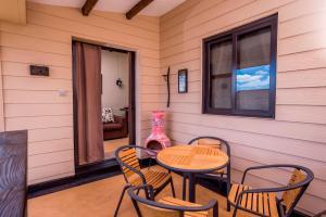 7 Cascades Restaurant and Lodges