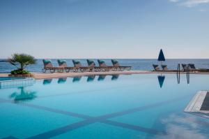 Pyrgos Beach Hotel Apartments