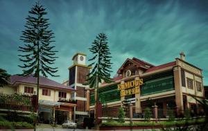 Famous Hotel, Pyin Oo Lwin