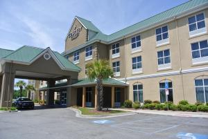 Country Inn & Suites Savannah Airport