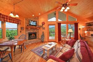 Whispering Creek Holiday home, Holiday homes  Gatlinburg - big - 5