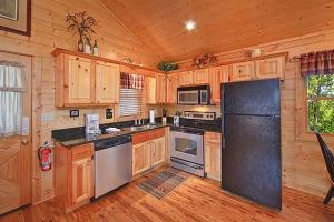 Whispering Creek Holiday home, Holiday homes  Gatlinburg - big - 7
