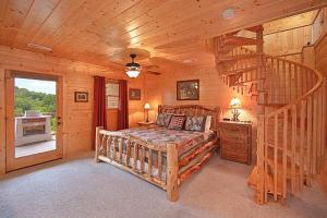 Whispering Creek Holiday home, Holiday homes  Gatlinburg - big - 8