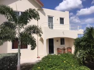 Royal Residence Curacao