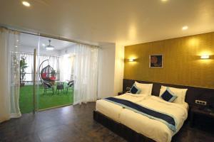 Hotel Silver Leaf