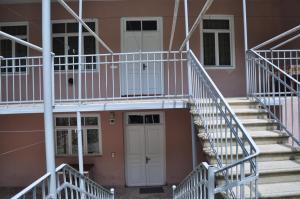 Nukri Guest House, Penziony  Gori - big - 35