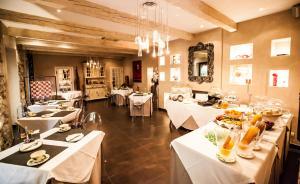 Paris Rome, Hotely  Menton - big - 44