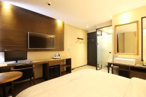 Jinhae Pasta Hotel, Motels  Changwon - big - 15