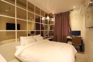Jinhae Pasta Hotel, Motels  Changwon - big - 24