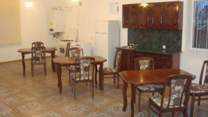 Guesthouse More Rossii, Affittacamere  Vityazevo - big - 5