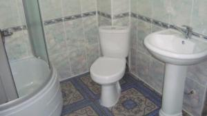 Guesthouse More Rossii, Affittacamere  Vityazevo - big - 9