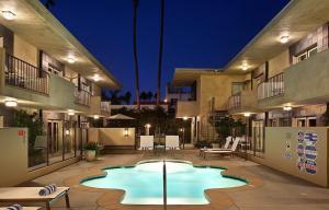 obrázek - 7 Springs Inn & Suites
