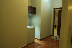 Christima Residence, Apartmány  Negombo - big - 9