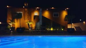 Dorado Eagle Beach Hotel, Апартаменты  Пальм-Бич - big - 3
