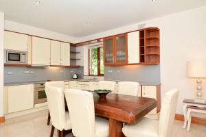 7 Earls Island, Apartments  Galway - big - 7