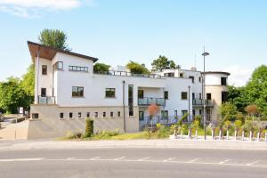 7 Earls Island, Apartments  Galway - big - 6