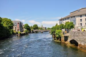 7 Earls Island, Apartments  Galway - big - 5
