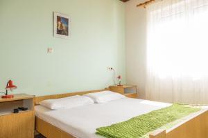 Apartments Pahljina 2885, Ferienwohnungen  Rab - big - 23