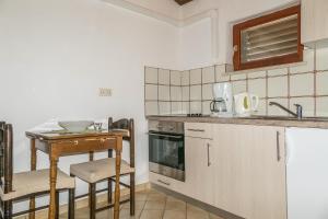 Apartments Pahljina 2885, Ferienwohnungen  Rab - big - 18