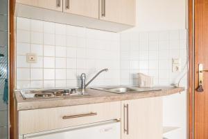 Apartments Pahljina 2885, Ferienwohnungen  Rab - big - 14