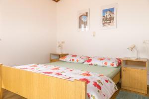 Apartments Pahljina 2885, Ferienwohnungen  Rab - big - 13