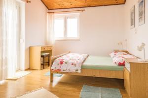 Apartments Pahljina 2885, Ferienwohnungen  Rab - big - 6