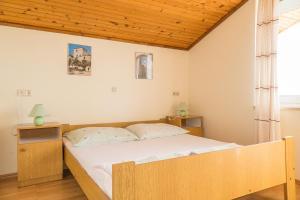 Apartments Pahljina 2885, Ferienwohnungen  Rab - big - 4