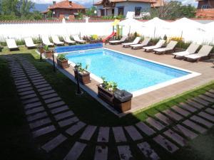 Einstein House & Spa, Guest houses  Marchevo - big - 71