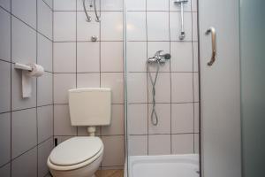 Guest House Dada, Affittacamere  Senj - big - 75