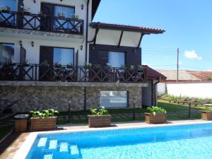 Einstein House & Spa, Guest houses  Marchevo - big - 73